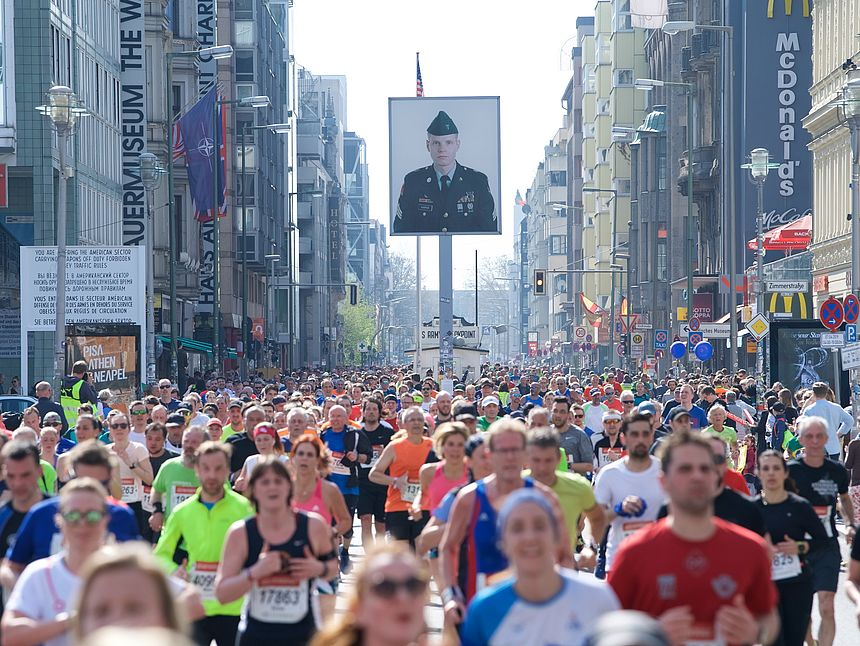 Checkpoint Charlie at the GENERALI BERLIN HALF MARATHON 2019