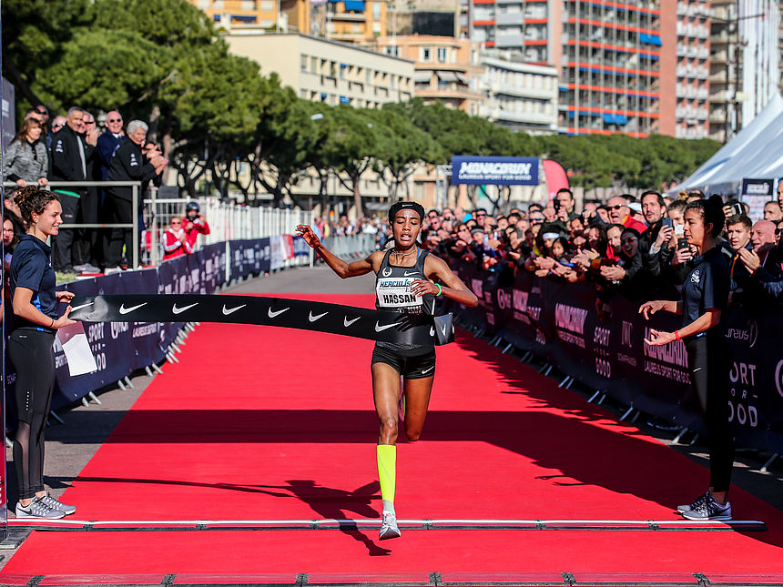 Sifan Hassan, the winner of the Monaco Run 2019